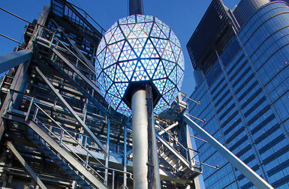Times Square New Year's Eve Ball Drop | USA Guided Tours NY